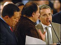 De izq. a der.: Hugo Chávez, Daniel Ortega y Álvaro Uribe