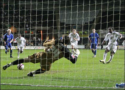 Despite a late penalty from Jason Scotland, Swansea lose 2-1 to end a run of 18 league games unbeaten