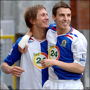 Morten Gamst Pedersen and Matt Derbyshire celebrate