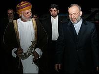 وزيرا الخارجية الايراني والعماني في لقاء سابق