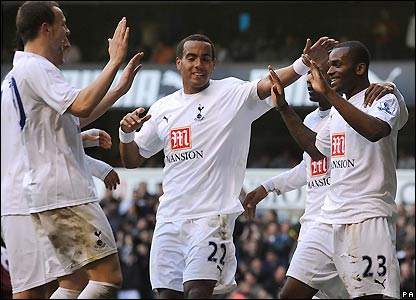 Tottenham celebrate their fourth goal