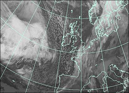Satellite image at 0800 GMT (Courtesy of EUMETSAT/Met Office)