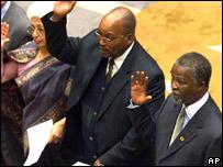 Frene Ginwala (far left), Thabo Mbeki, (r) and Jacob Zuma (centre) in parliament in 1999