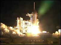 Shuttle lifts off (Image: Nasa)