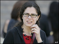 Maria Eugenia Sampallo Barragan leaves a federal court building at the start of the hearing in February