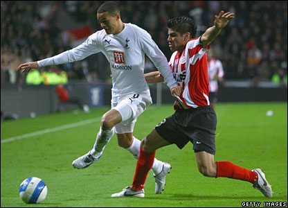 Jermaine Jenas goes on the attack