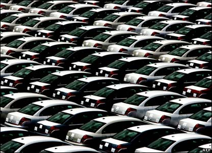 Cars wait to be exported from Rio de Janeiro