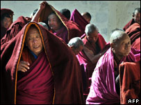 Buddhist monks protest in Tibet, 13 March 2008