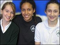 Carolina, Serena, Victoria (left to right)