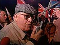 Ian Paisley protesting outside Stormont 