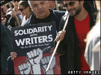 SAG members picketing with writers, January 2008