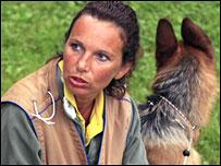 ادريا كلويبر وكلبها