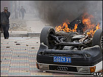 Car burning after clashes in Lhasa, 14 March 2008