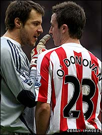 Carlo Cudicini (l) and Roy O'Donovan
