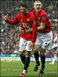 Ronaldo and Darren Fletcher