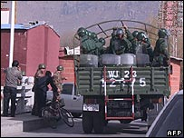 Chinese troops on streets of Lhasa, Tibet, 16/03/08