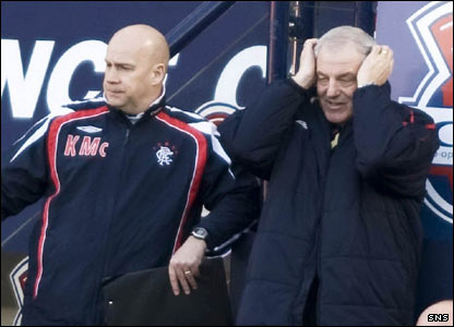 The Rangers manager Walter Smith watches as Noel Hunt opens the scoring for United