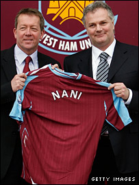 West Ham manager Alan Curbishely (left) and Gianluca Nani