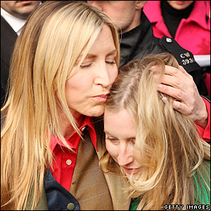 Heather Mills and her sister Fiona