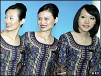 Singapore Airlines hostesses