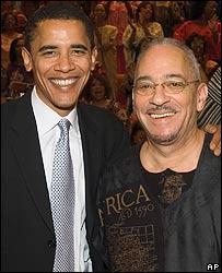 Barack Obama junto a Jeremiah Wright,  pastor y líder espiritual del senador de Illinois.