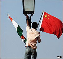 Indian and Chinese flags in Delhi