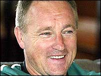 Depart Ireland coach Eddie O'Sullivan