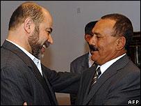 Yemen's president greets Hamas's Moussa Abu Marzuk