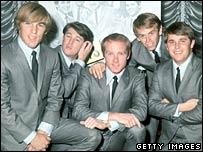Carl Wilson, Brian Wilson, Mike Love, Al Jardine and Dennis Wilson in 1964