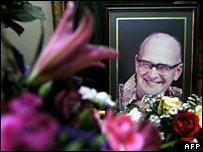 Floral tributes to Arthur C Clarke