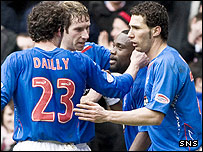 Rangers celebrate Jean-Claude Darcheville's goal at Ibrox