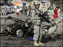 US soldier at site of suicide bombing in Baghdad, 23 March 2008