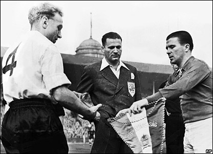 Billy Wright exchanges pennants with Hungary captain Ferenc Puskas before England's 6-3 defeat at Wembley in 1953