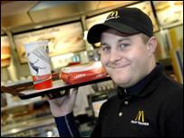 Миллионер работает в McDonald's