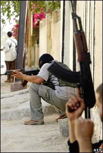 Militants take position in Basra on Wednesday