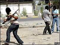Mehdi Army militants in Basra on 26 March