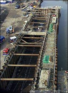 The lock being built in the Prescott Channel (British Waterways)