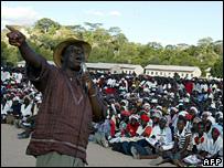 Morgan Tsvangirai addresses his supporters in Buhera (25 March 2008)