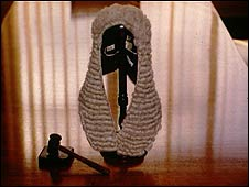 A judges wig and gavel