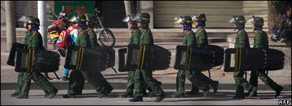 Chinese soldiers in Lhasa, 27/03