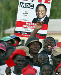 Supporters of Morgan Tsvangirai
