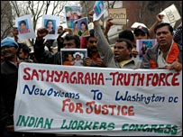 Indian workers march in Washington, 27 March 2008