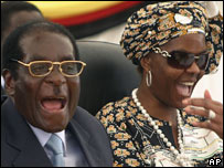 Robert Mugabe and wife Grace campaign on 27 March
