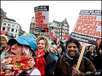 Anti-film protestors in Amsterdam, 22 March 2008