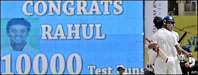 Rahul Dravid reaches 10,000 Test runs