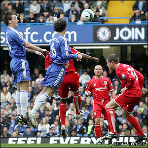 Ricardo Carvalho heads home Chelsea's opener