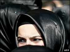 A Turkish student wears headscarf in Istanbul. File photo