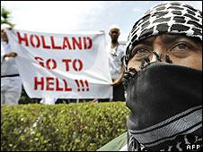 Jakarta anti-Dutch protest, 31 Mar 08