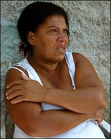 Adeniria, whose daughter died of suspected dengue in Rio, March 2008