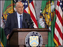 Henry Paulson speaks at the Treasury